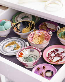 organizing-jewelry-martha-stewart
