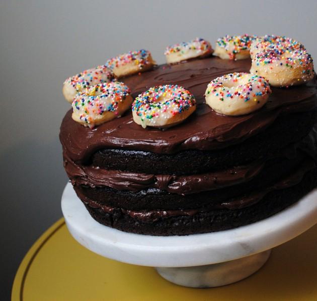 Mini Donut Cake 6