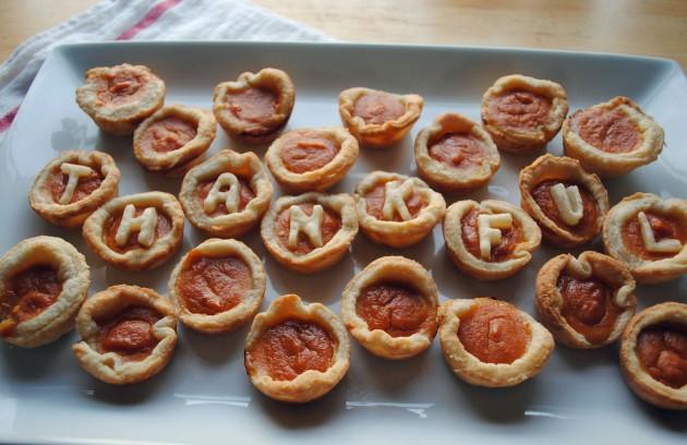 Pumpkin Pie Bites 5